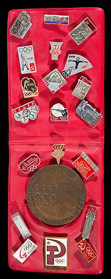 Tokyo 1964 Olympic Games Soviet team pins set with official Soviet tea