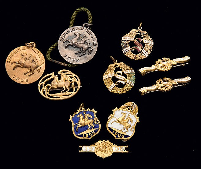 Three groups of Sandown Park badges, for the years 1905, 1906 & 1907,