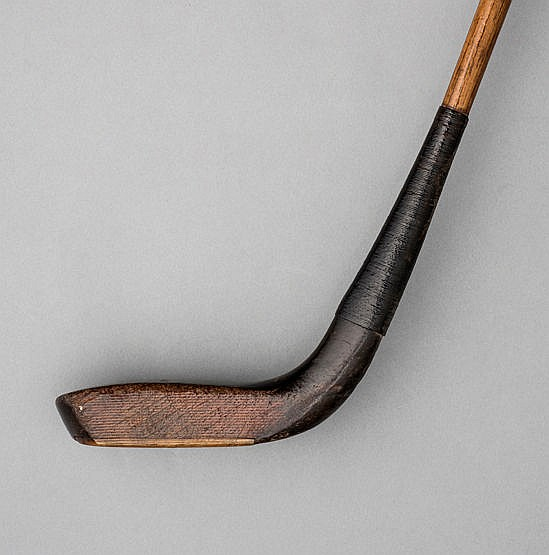 Robert Forgan of St Andrews long-nosed putter circa 1890,  beech head