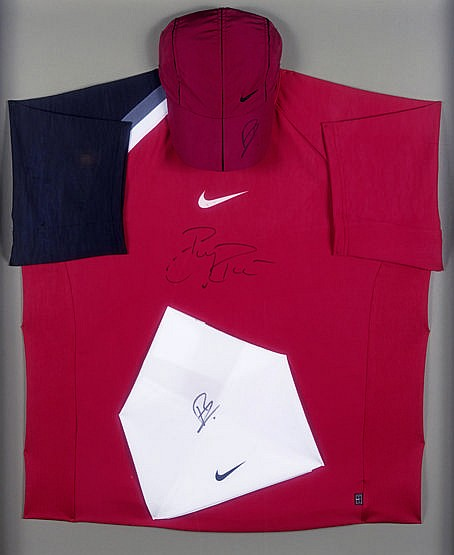 Roger Federer signed tennis shirt, cap & bandana, each Nike item indi