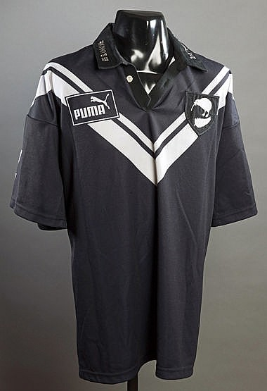 Ruben Wiki black New Zealand Kiwis No.4 shirt from the 2nd Test v. Eng