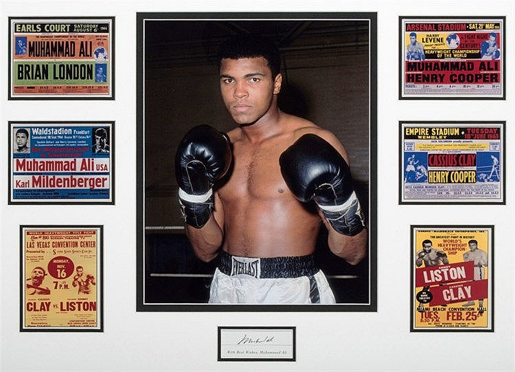 A signed Muhammad Ali presentation,  the mount comprising an Ali signe