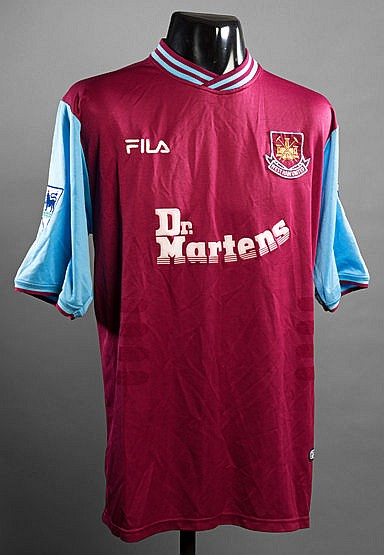 Nigel Winterburn: claret & blue West Han United No.3 jersey circa 2002