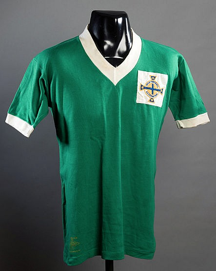 Billy Bingham green Northern Ireland No.7 international jersey circa 1