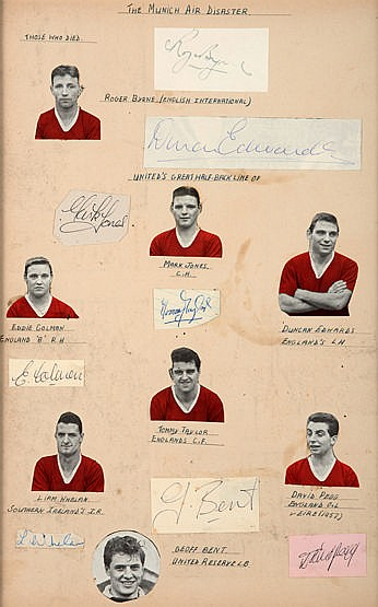 Manchester United Busby Babes autographs, cut-out signatures of Roger