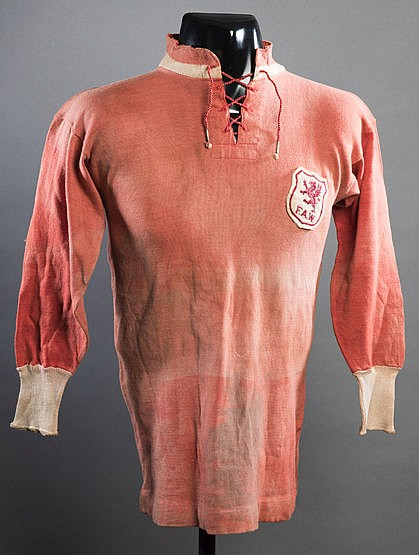 Red Wales international jersey 1920s,  long-sleeved, lace up collar Th