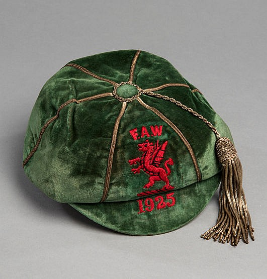 Fred Keenor Wales international football cap 1925, the green cap with