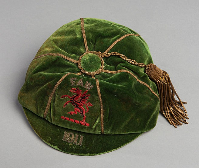 Evan Jones green Wales international football cap 1911,  Red Dragon an