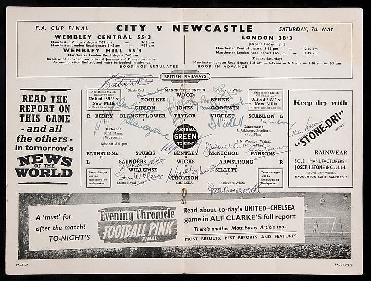 Autographed Manchester United v Chelsea programme 30th April 1955, si