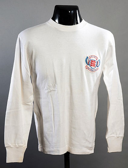 Roger Hunt white Football League No.8 representative jersey for the Re