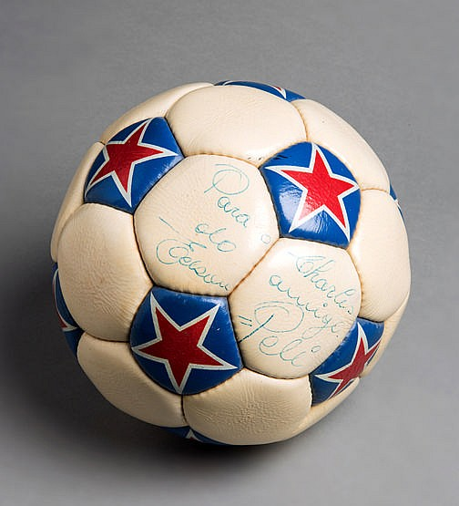 Pele hat-trick match ball from the Cosmos v Los Angeles Aztecs match 2