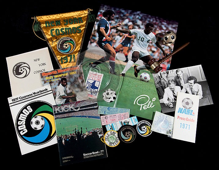 New York Cosmos memorabilia, programmes, tickets, press packs, pennan