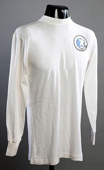 Alun Evans white England No.10 1967 UEFA U-18 Championship jersey,  lo