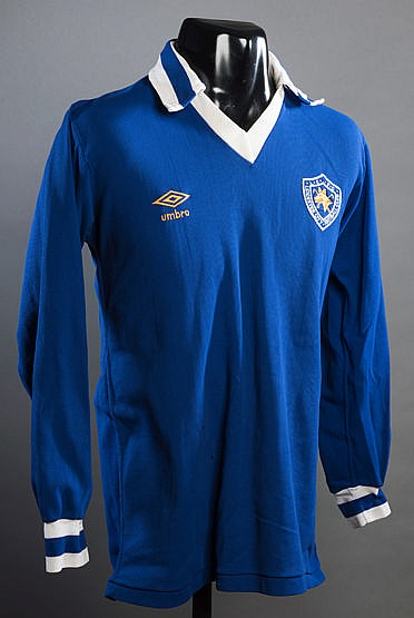 Blue Leicester City No.16 substitute's jersey early 1980s, long-sleev