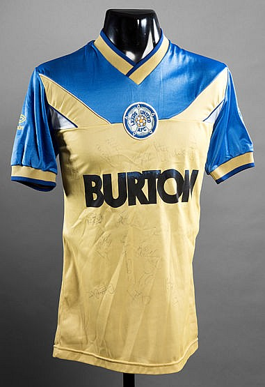 Team-signed yellow & blue Leeds United No.16 away substitute's jersey