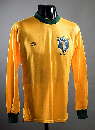 A yellow Brazil No.7 international jersey circa 1984, long-sleeved Pr
