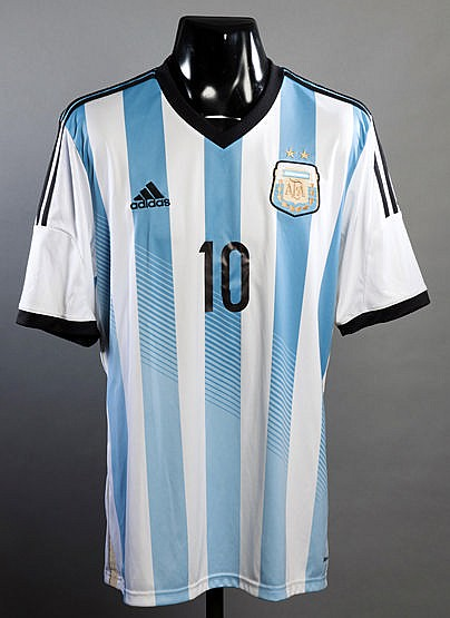Lionel Messi blue & white striped Argentina No.10 jersey from the matc