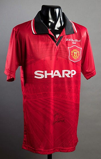 Eric Cantona signed Manchester United 1996 F.A. Cup Final replica jers