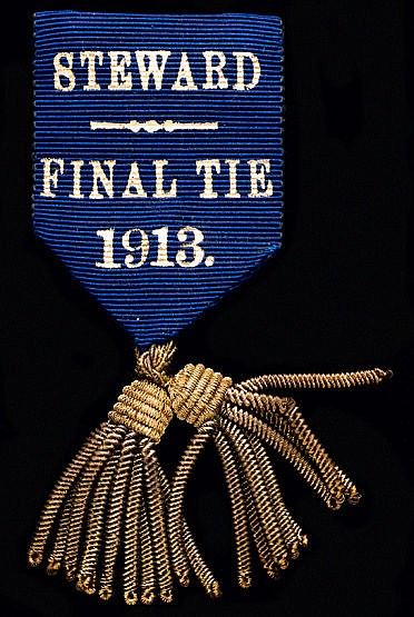 1913 F.A. Cup final steward's badge Aston Villa v Sunderland played at
