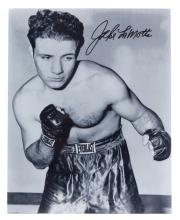 Jake La Motta signed boxing photograph, 10 by 8in., signed in black marker