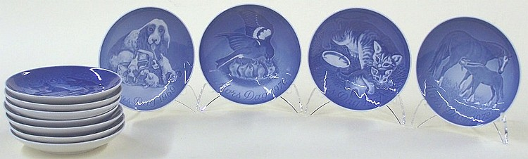 ***ELEVEN BING & GRONDAHL MOTHER'S DAY PLATES