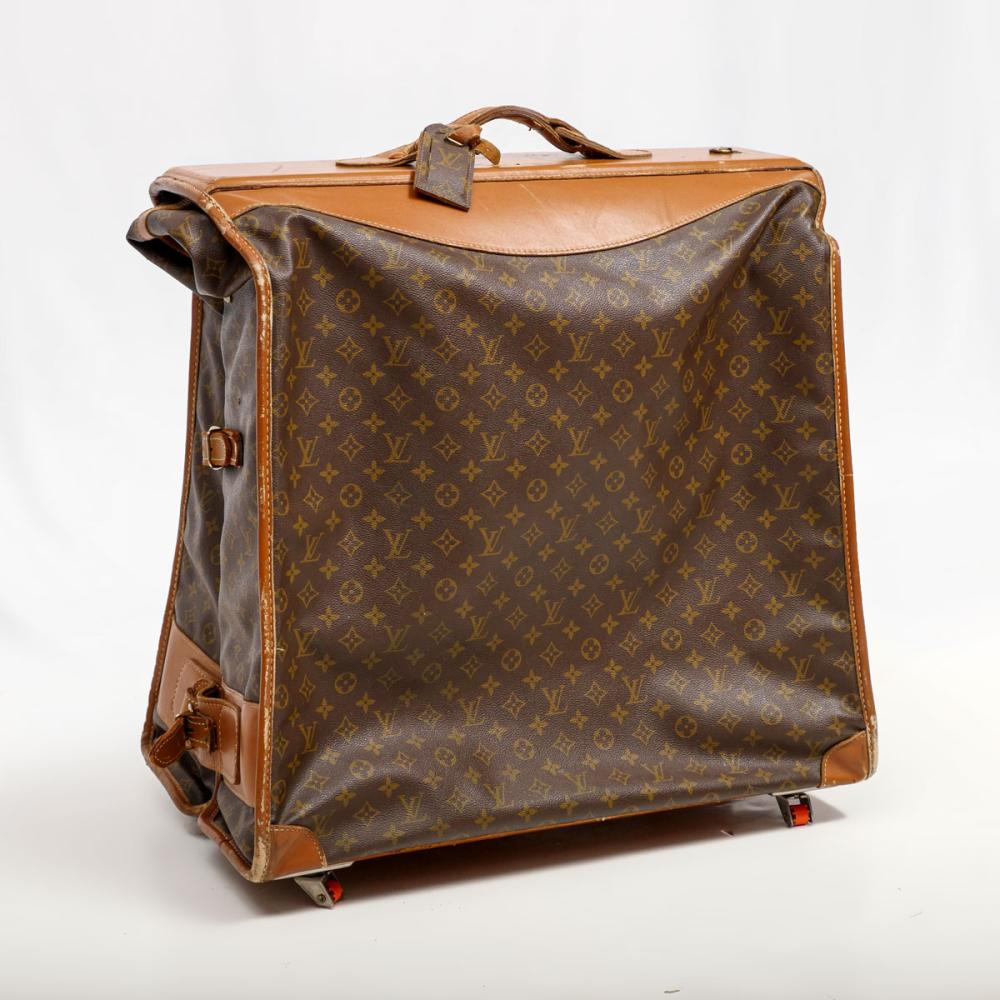 VINTAGE LOUIS VUITTON ROLLING MONOGRAM GARMENT BAG