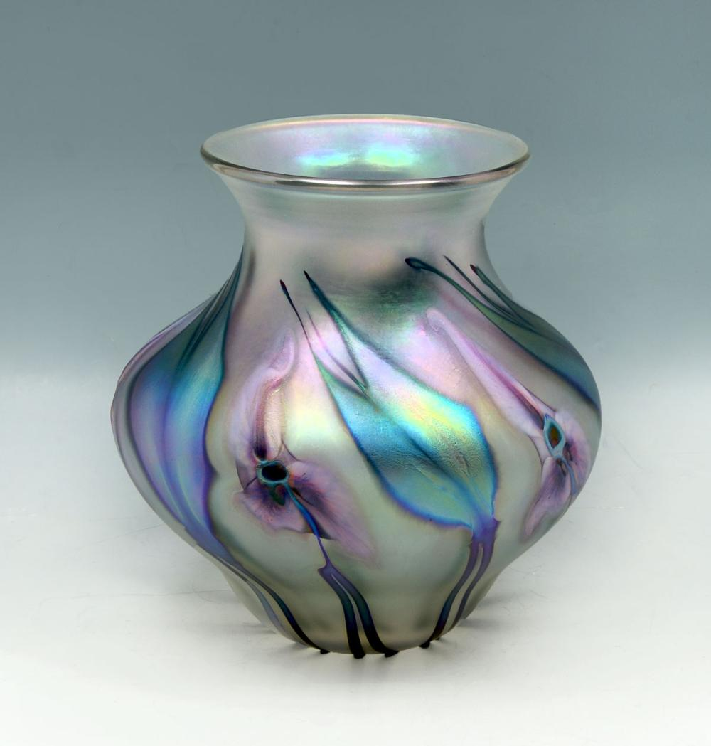 CHARLES LOTTON MULTI-FLORA IRIDESCENT VASE