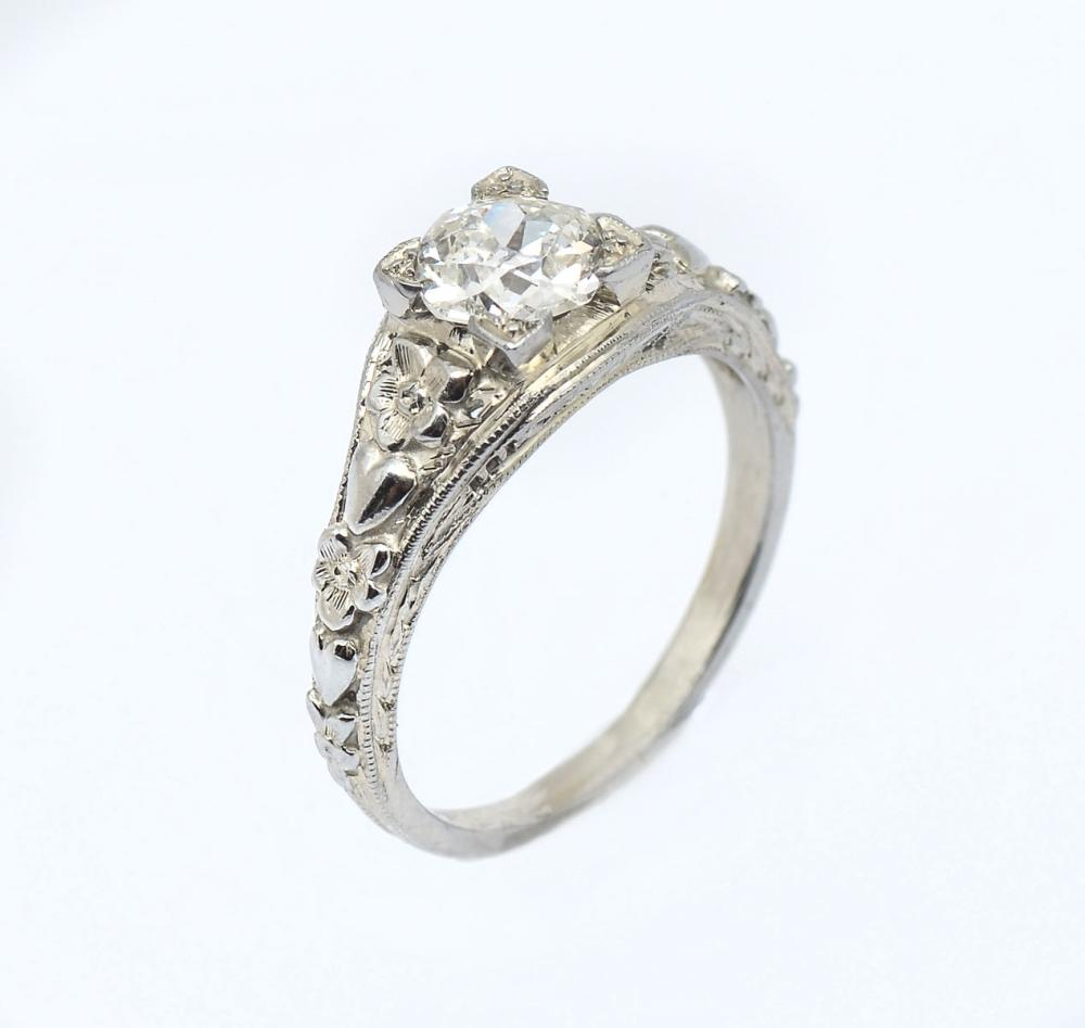 18K OLD MINE SOLITAIRE DIAMOND RING
