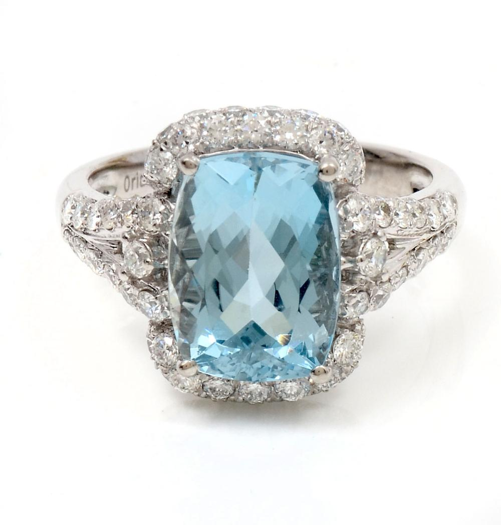PLATINUM 4/14 CT AQUAMARINE & DIAMOND RING