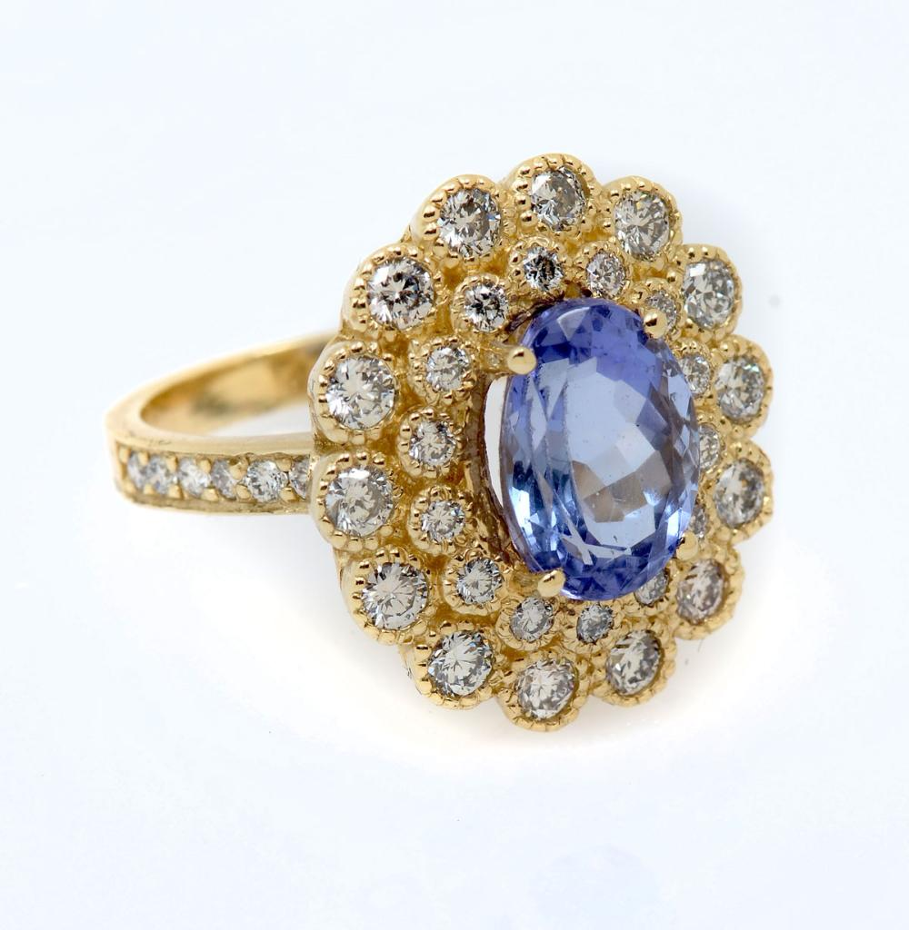 14K 3.45 CT TANZANITE & DIAMOND RING