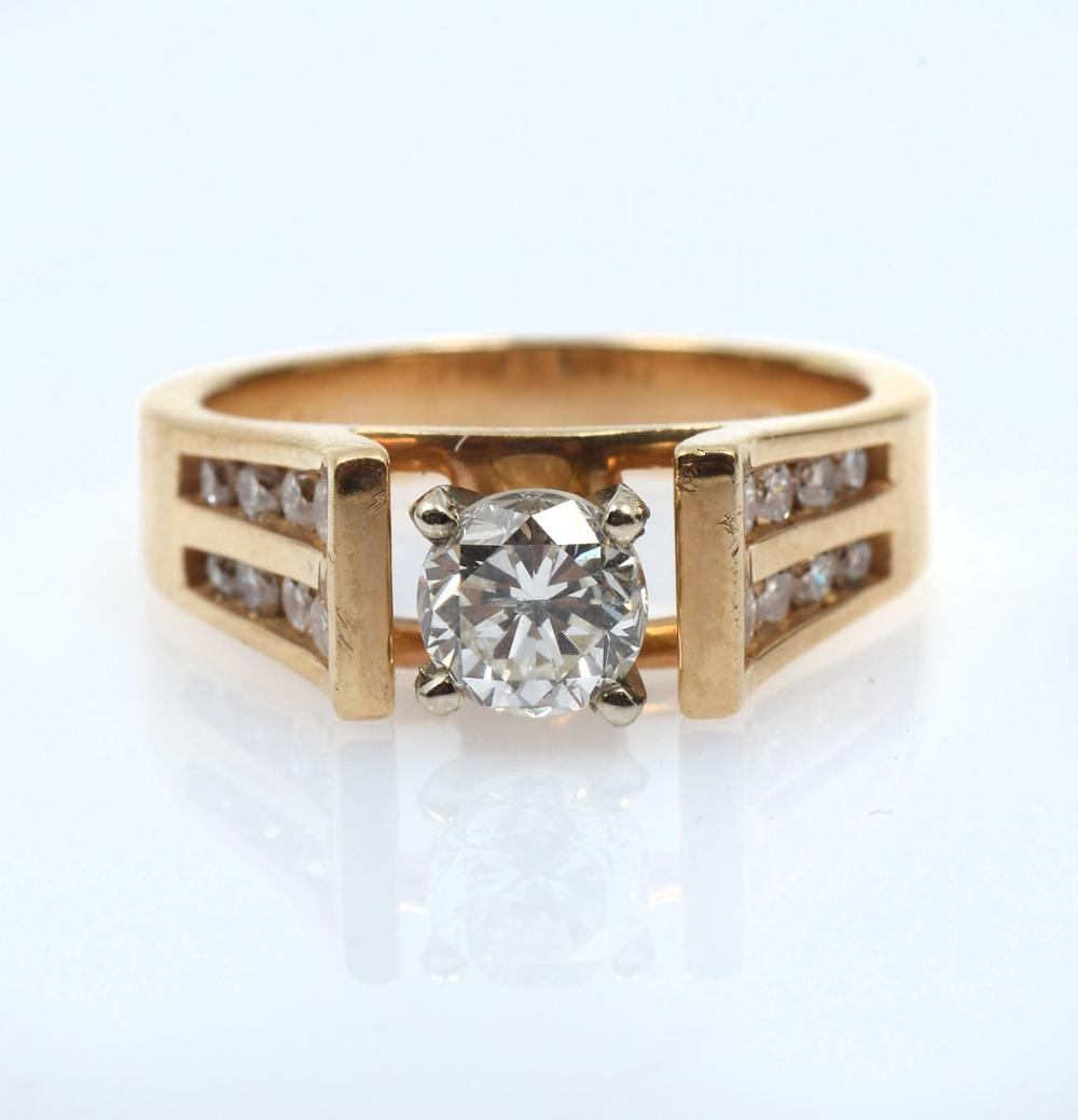 14K 1.36 CTW DIAMOND RING