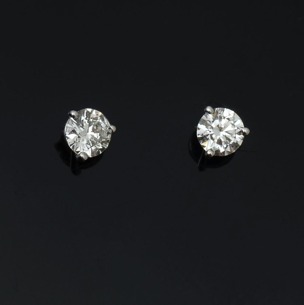 .98 CTW DIAMOND STUDS