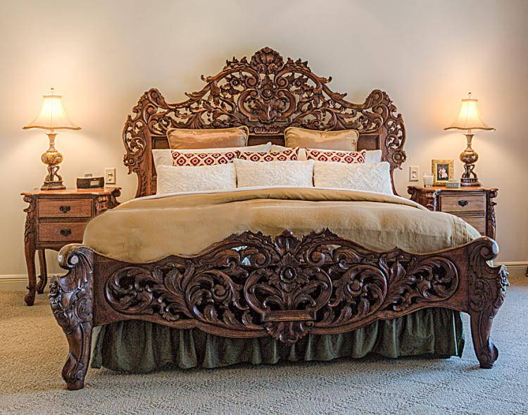ROCOCO STYLE CARVED BEDROOM SET