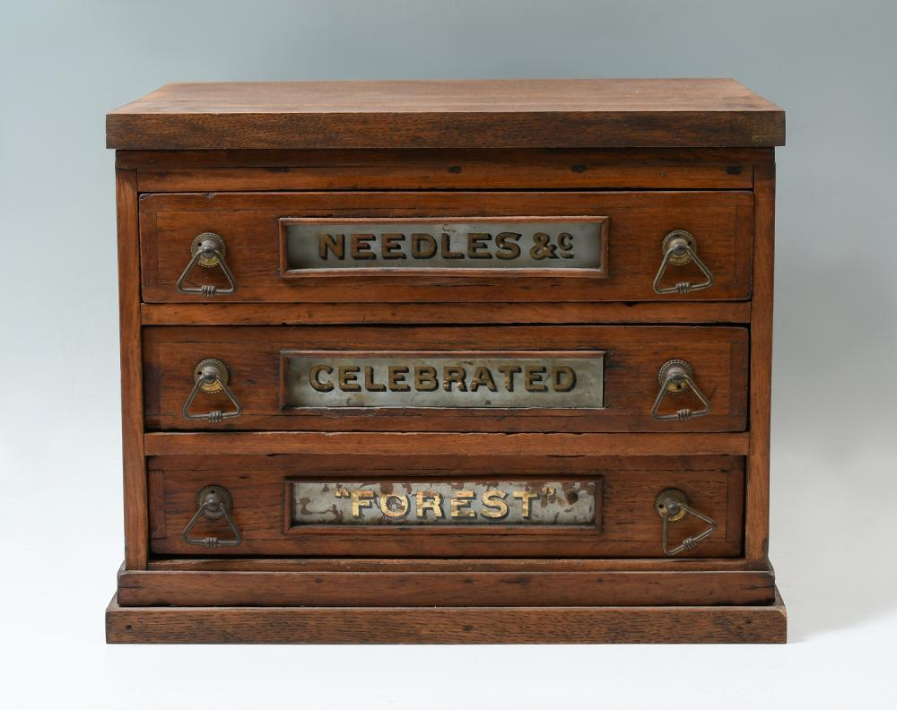"""NEEDLES & CO. CELEBRATED """"FOREST"""" SPOOL BOX"""