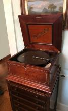MAHOGANY REGINAPHONE MUSIC BOX AND STAND