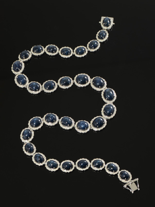 135CT BLUE STAR SAPPHIRE NECKLACE W/DIAMONDS IN 14