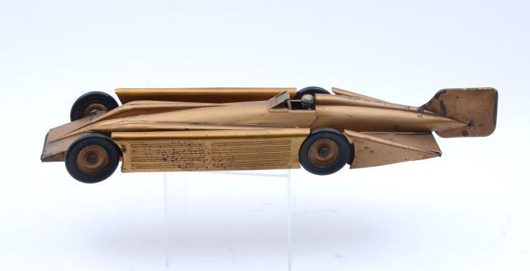 KINGSBURY GOLDEN ARROW PRESSED STEEL WIND-UP CAR
