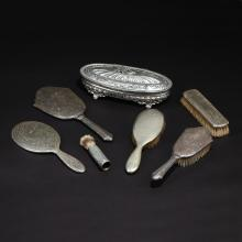(7pc) SILVER DRESSING ITEMS