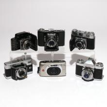 COLLECTION OF TRAVEL & LAND CAMERAS