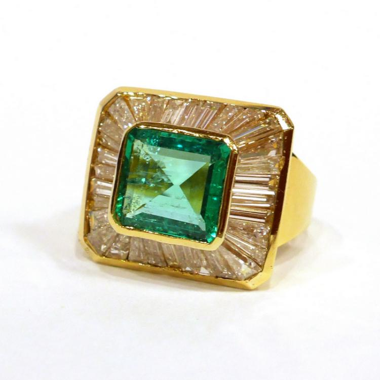 4ct columbian emerald tapered baguette ring