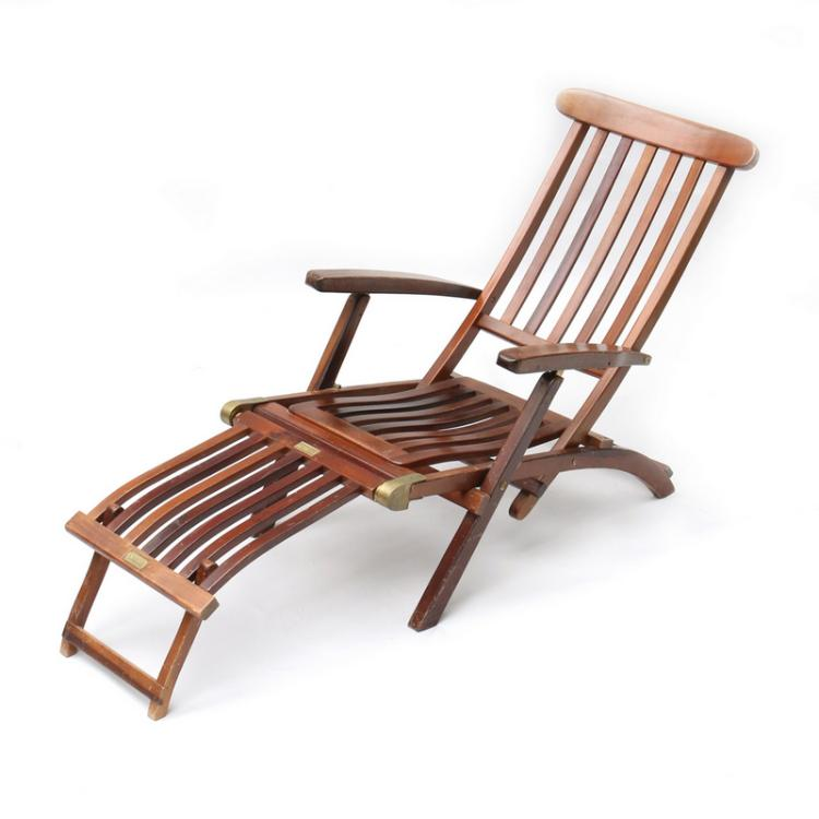 - QUEEN MARY FOLDING DECK CHAIR