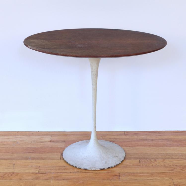 SAARINEN / KNOLL OCCASIONAL TABLE