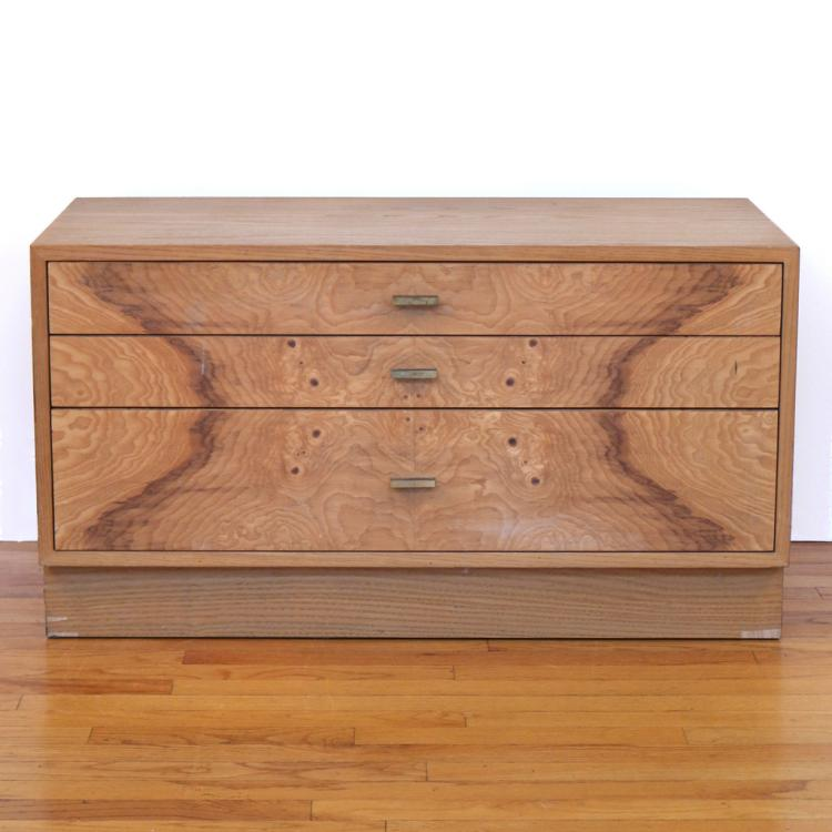 HARVEY PROBBER OAK SIDE CHEST