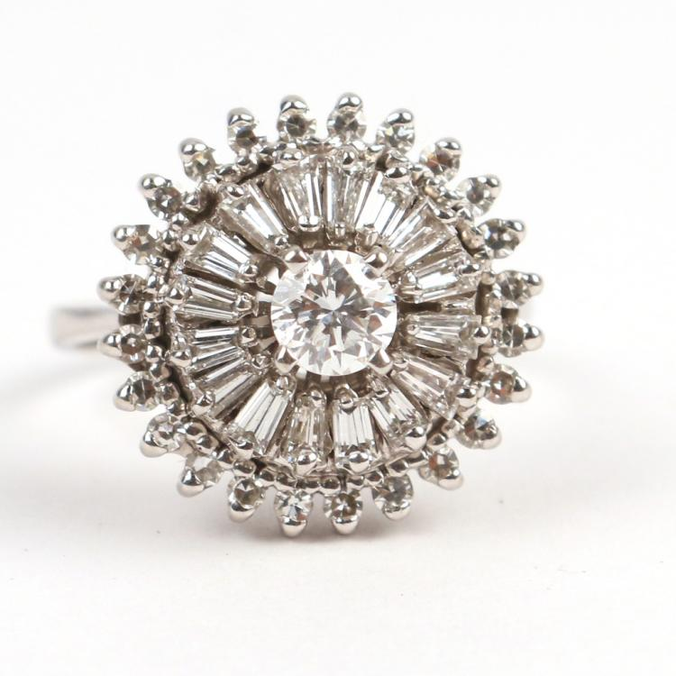 LADY'S BALLERINA RING
