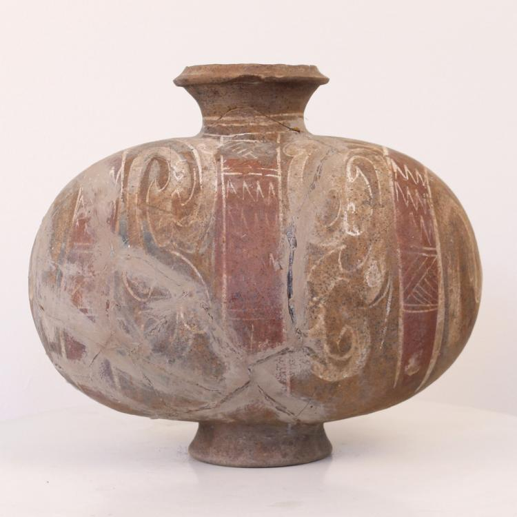 NEOLITHIC CHINESE POTTERY JAR