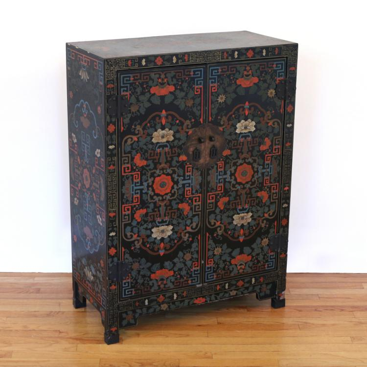 CONTEMPORARY CHINESE POLYCHROME CABINET