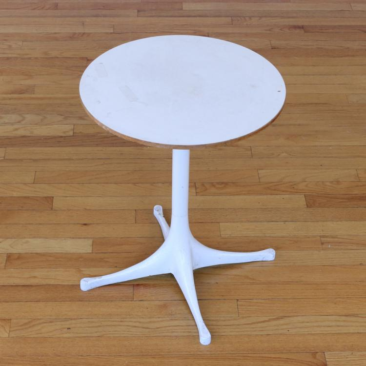 GEORGE NELSON / HERMAN MILLER SIDE TABLE