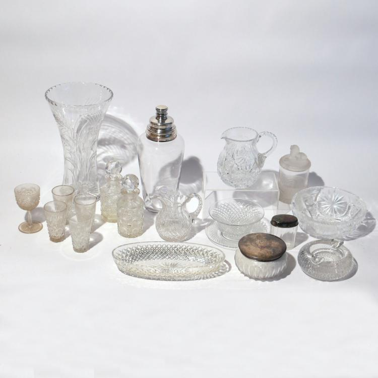 (19pc) GLASS & CRYSTAL