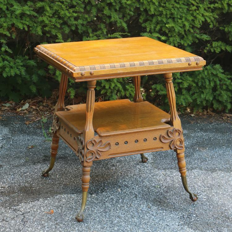 GOLDEN OAK PARLOR SIDE TABLE