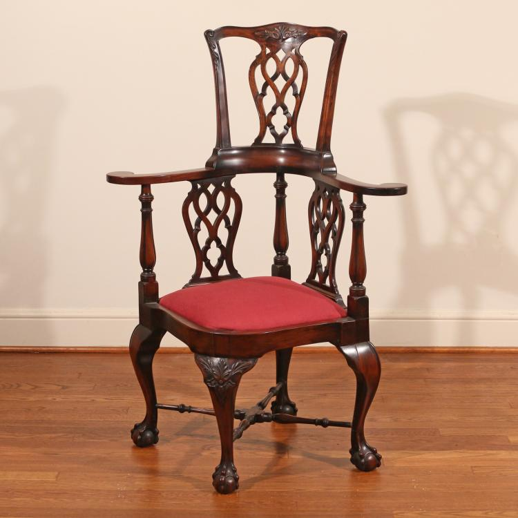 GEORGIAN STYLE MAHOGANY CORNER CHAIR